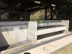 小菅ヶ谷北公園bbq 場の炊事棟